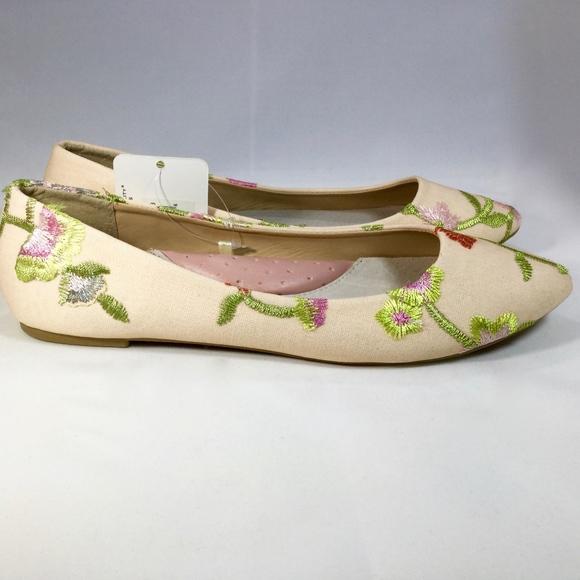 97fa450af892 Goldtoe Lois Flats size 8